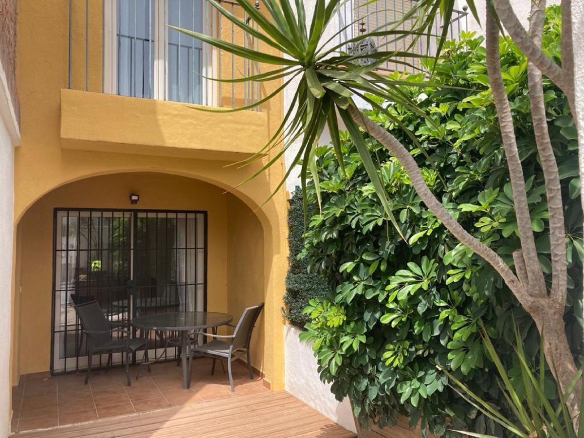 3 Bedroom Townhouse For Sale Benahavís, Costa del Sol - HP3877231