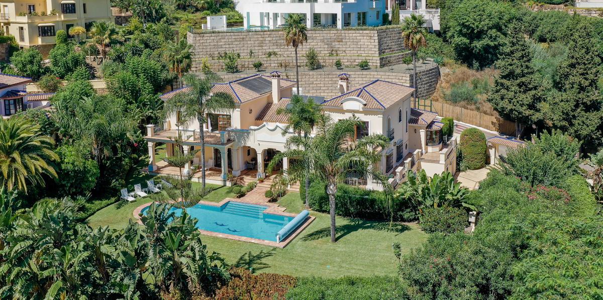Detached Villa for sale in Benahavís R3931411