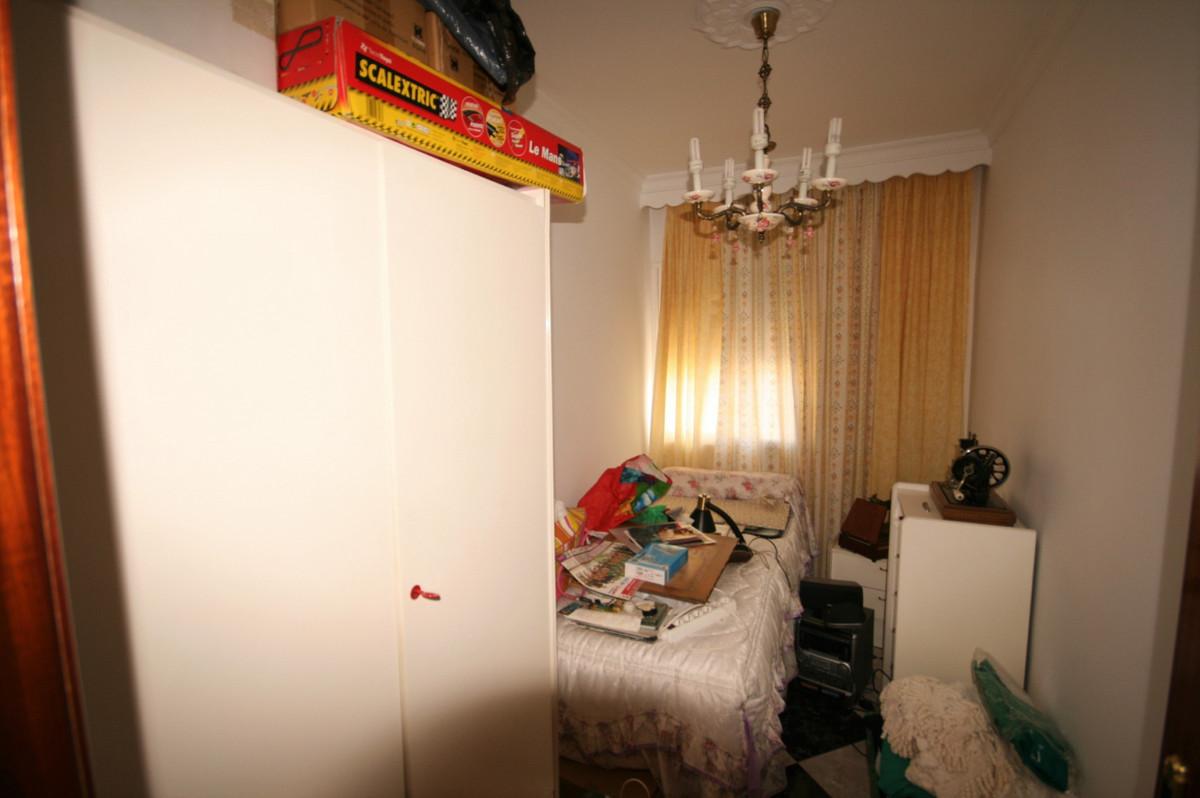 3 Dormitorio Planta Media Apartamento En Venta Coín