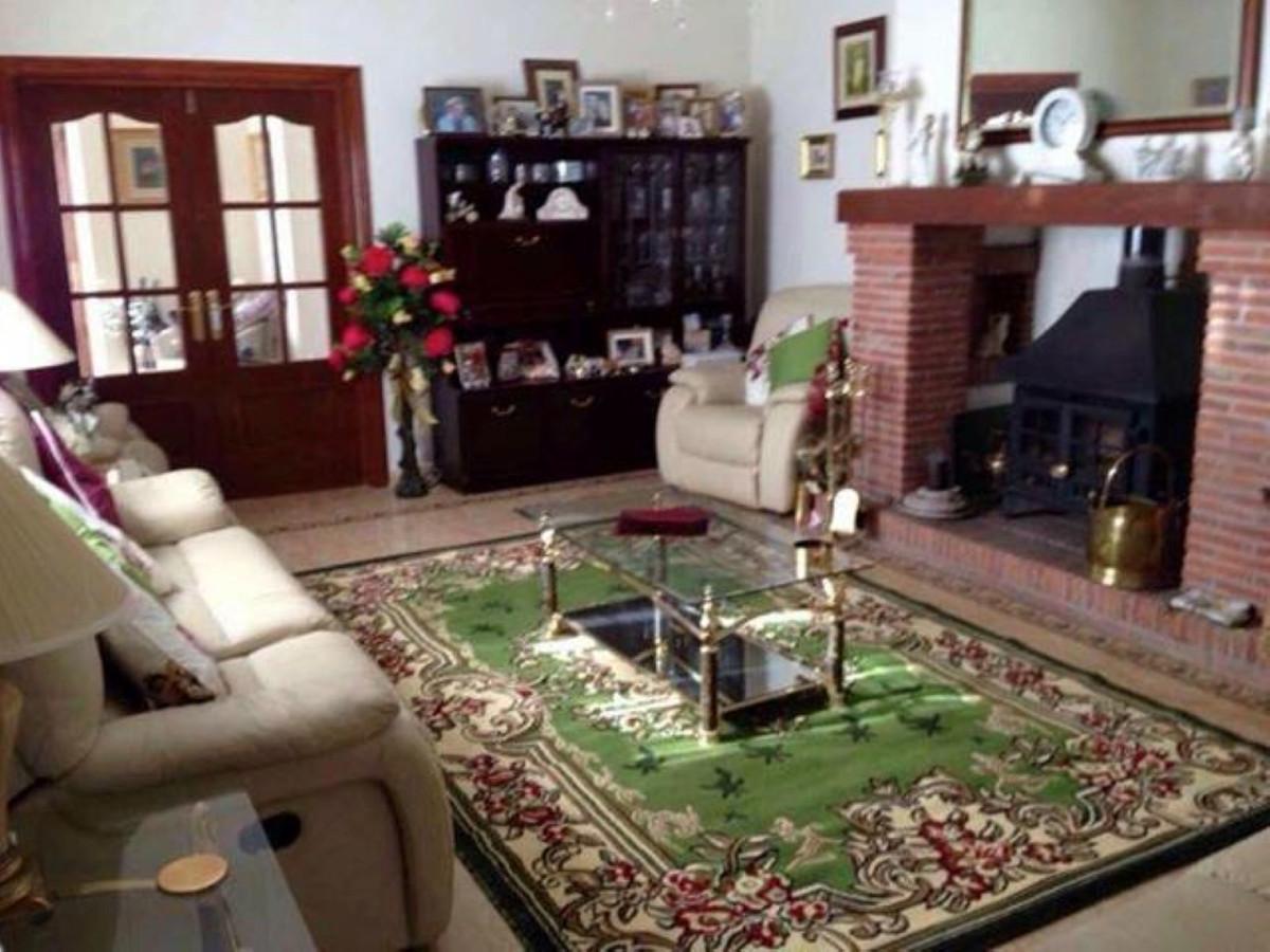 3 Bedroom Detached Villa For Sale Tolox