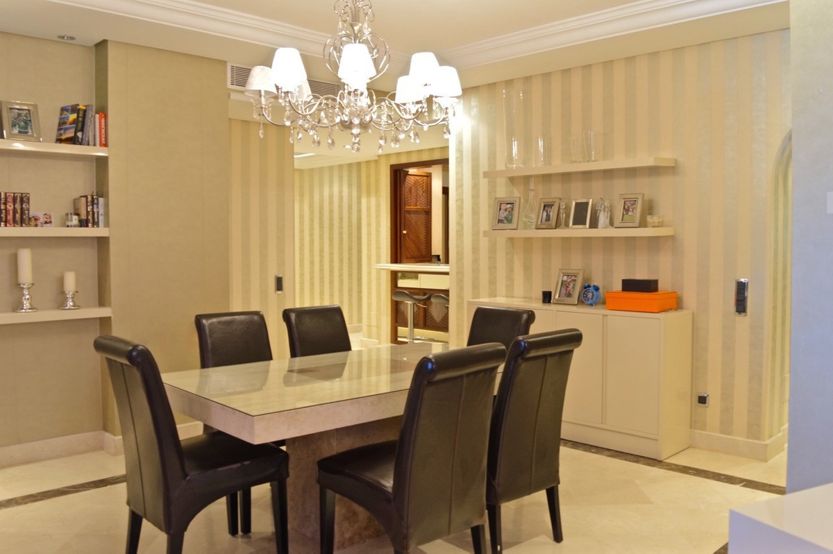 Apartamento con 3 Dormitorios en Venta New Golden Mile