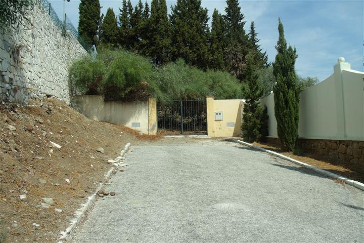 Tomtmark för bostäder i El Paraiso R2489714