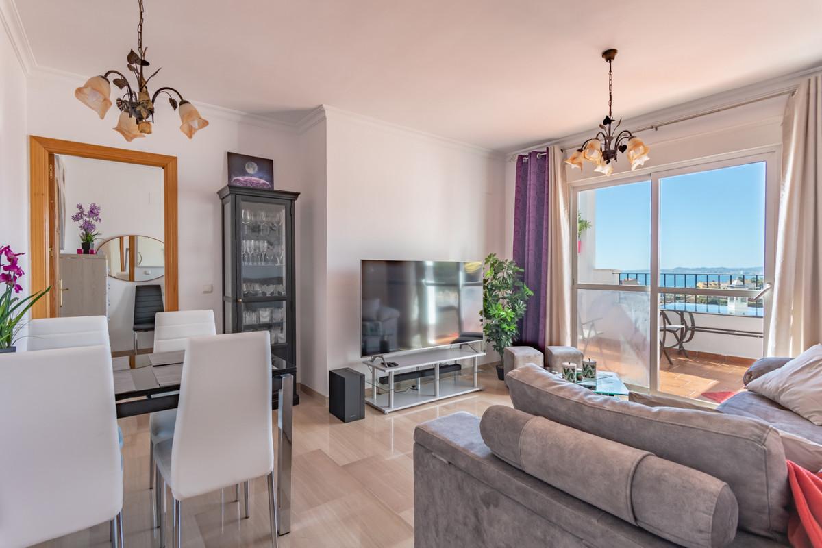 Middle Floor Apartment in Torrequebrada R3379162