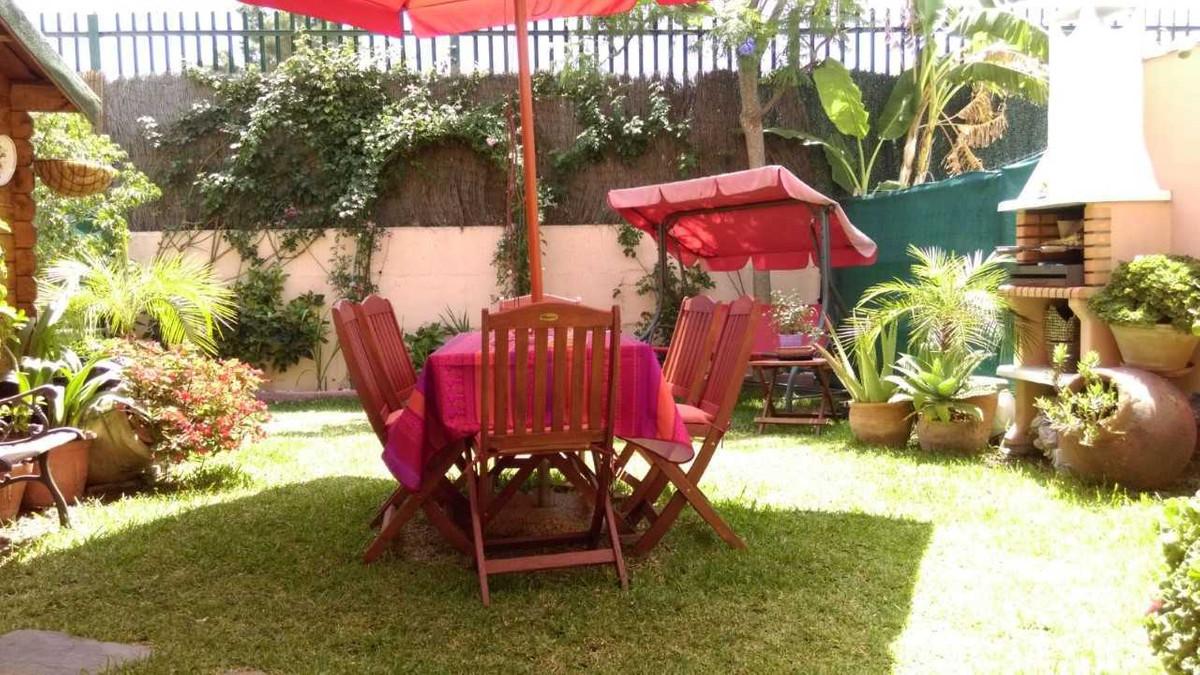 Unifamiliar Adosada en Los Boliches, Costa del Sol