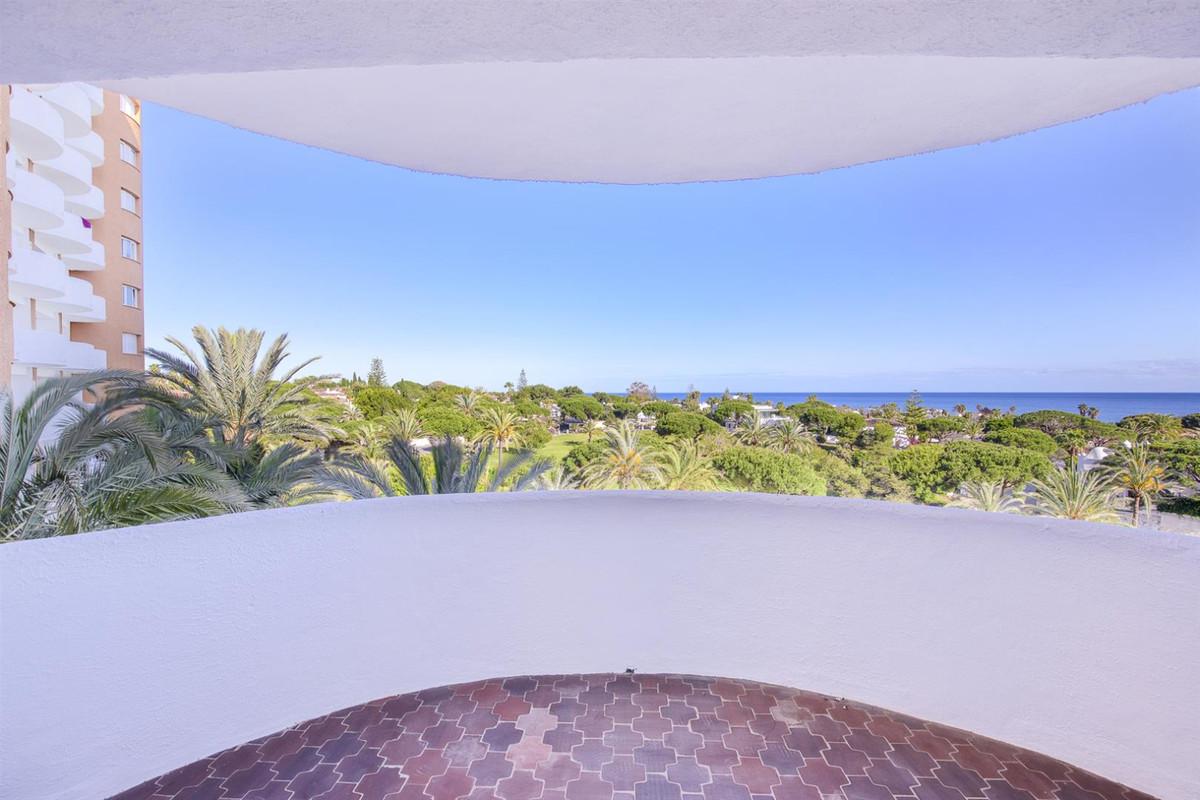 Best opportunity in the Coronado building, Marbesa - Elviria (Marbella), with incredible sea views: ,Spain