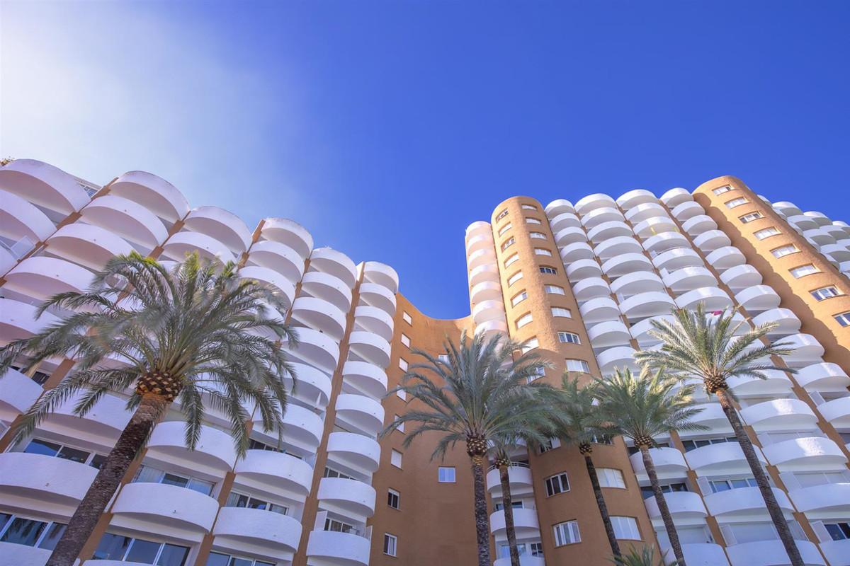 The cheapest studio in Coronado building (Elviria - Marbella) with incredible sea views  Just 200m w,Spain