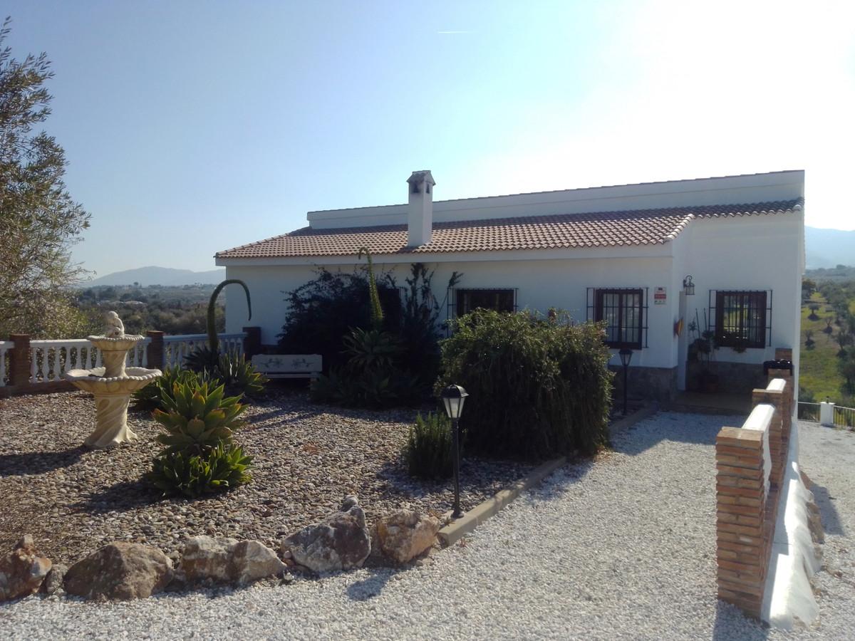 Villa for sale in Alhaurín el Grande