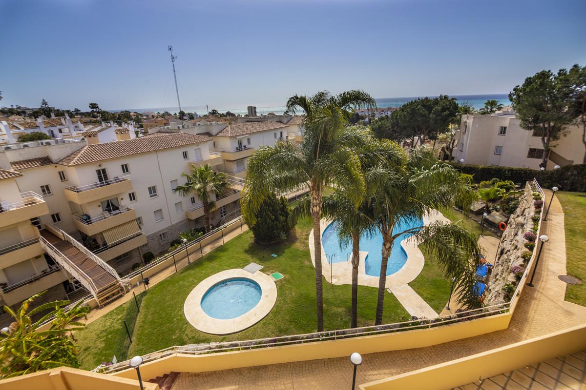 Great apartment located in a quiet area of Riviera del Sol, in the Refugio de Riviera urbanization, ,Spain