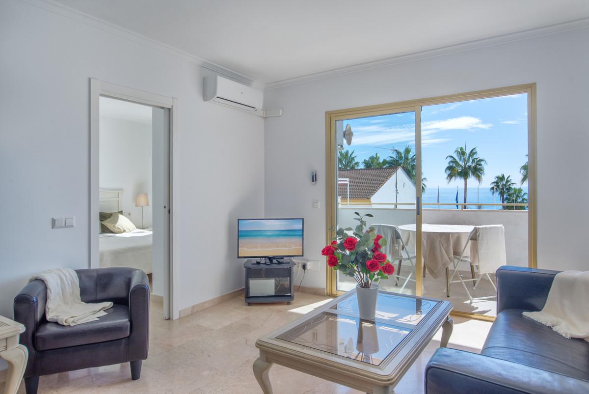 Top Floor Apartment for sale in La Cala de Mijas R3762769