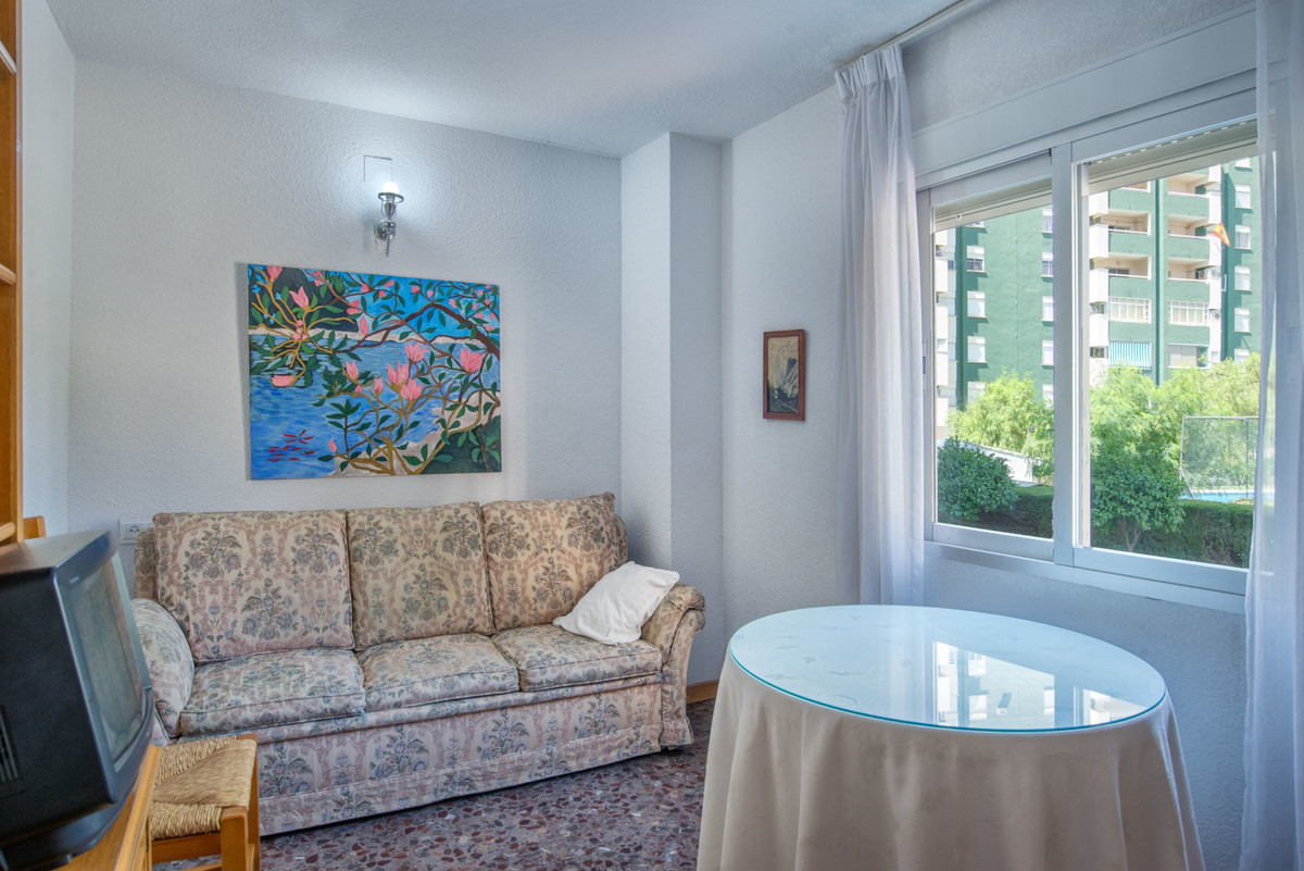 3 Bedroom Apartment For Sale, Fuengirola