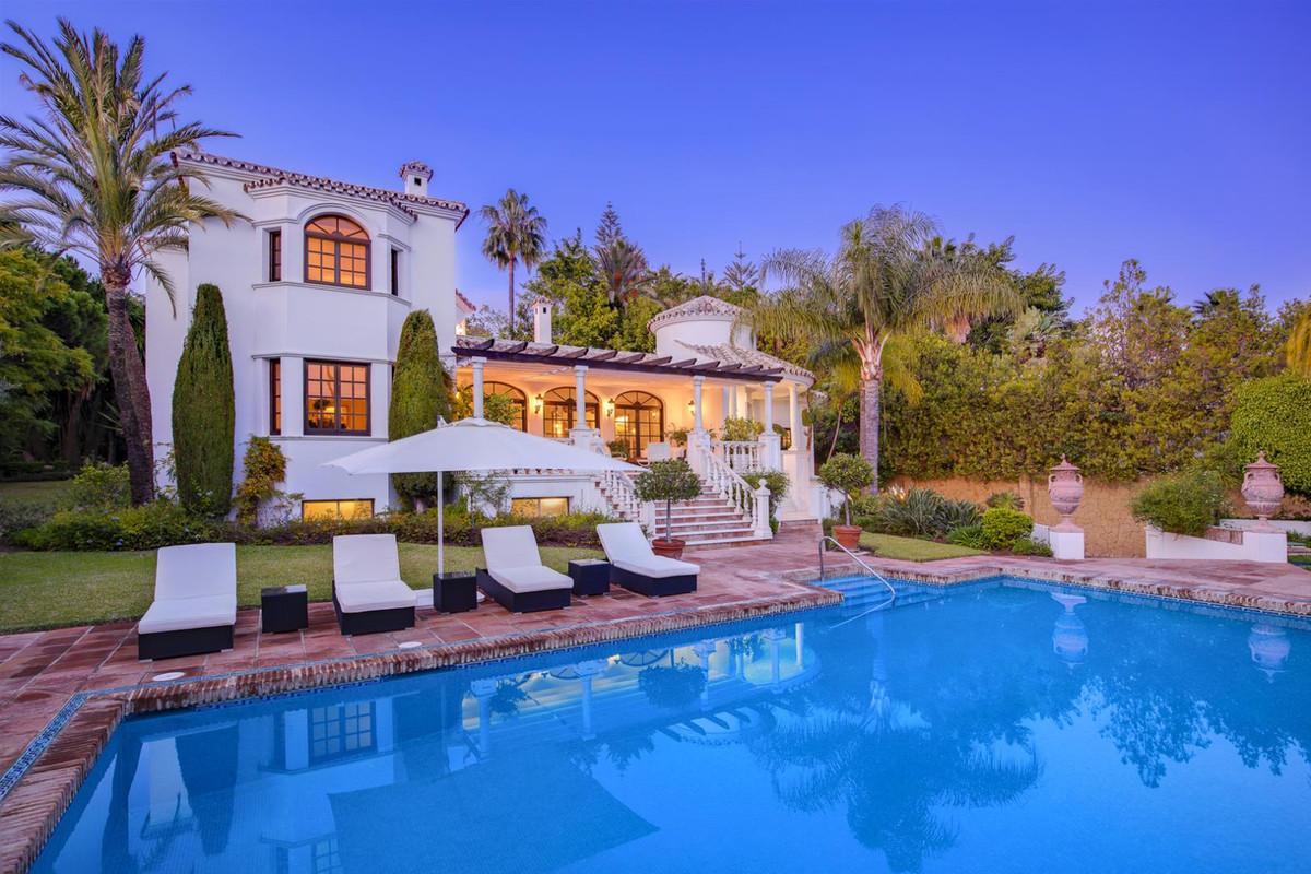 5 bedroom villa for sale el paraiso