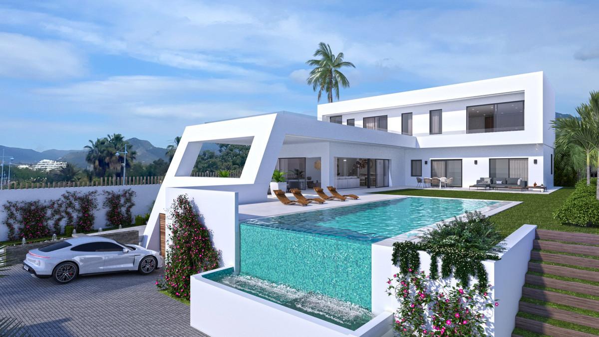 Detached Villa for sale in San Pedro de Alcántara R3715640
