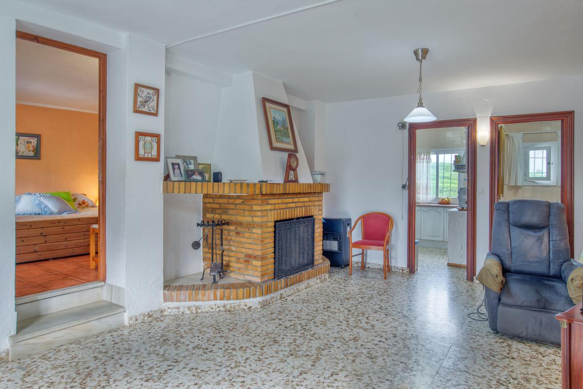House in Alhaurín el Grande R3767332 3