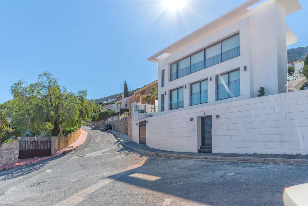 House in Alhaurín de la Torre R3823381 32