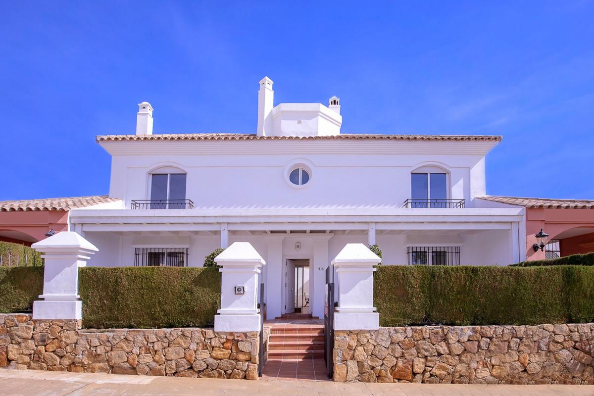 Semi Detached Villa in Bahia de Marbella