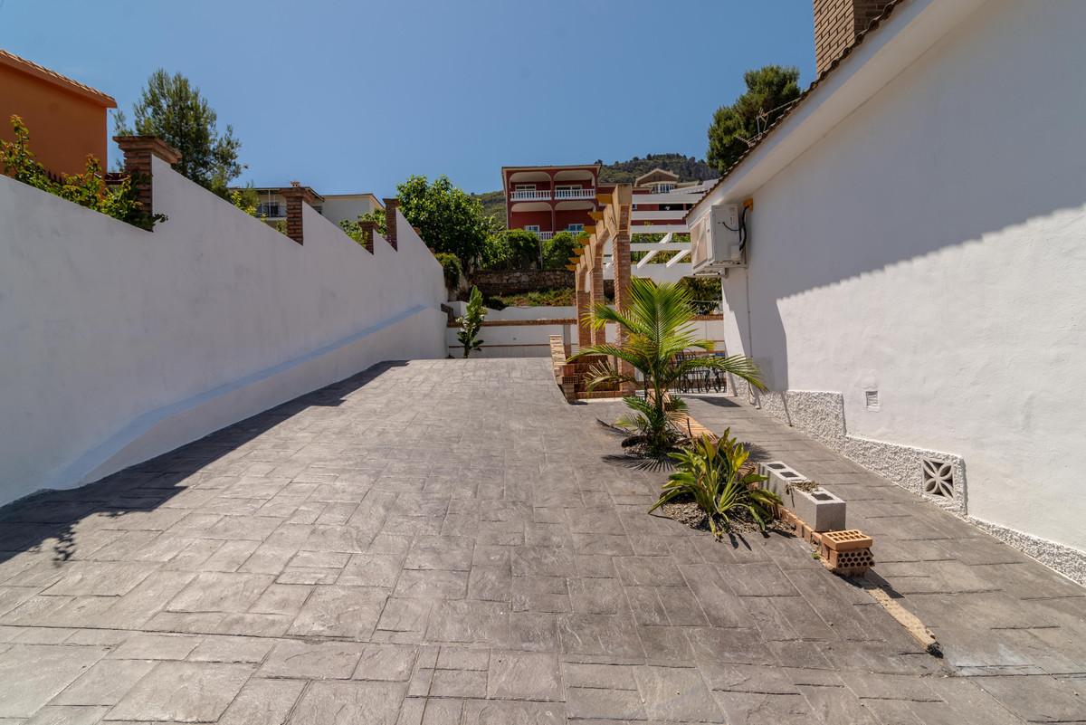 House in Alhaurín de la Torre R3734668 26