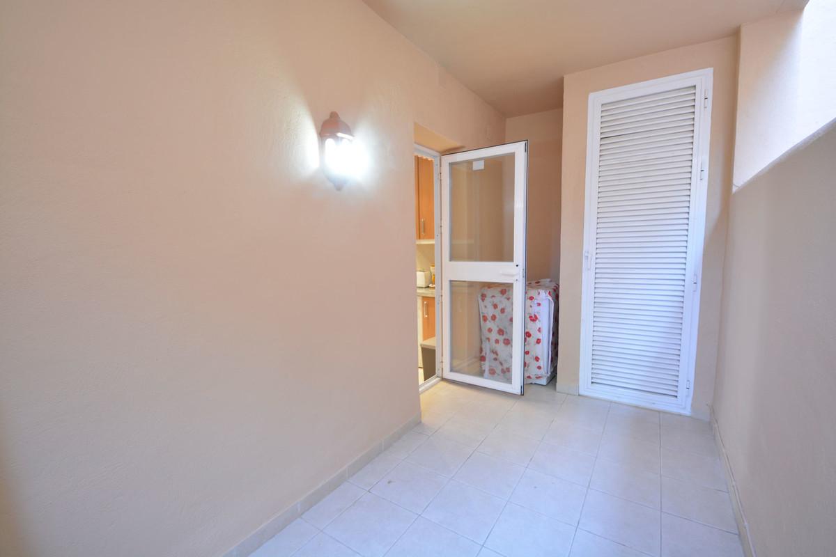 Apartment Middle Floor Elviria Málaga Costa del Sol R3676349 7