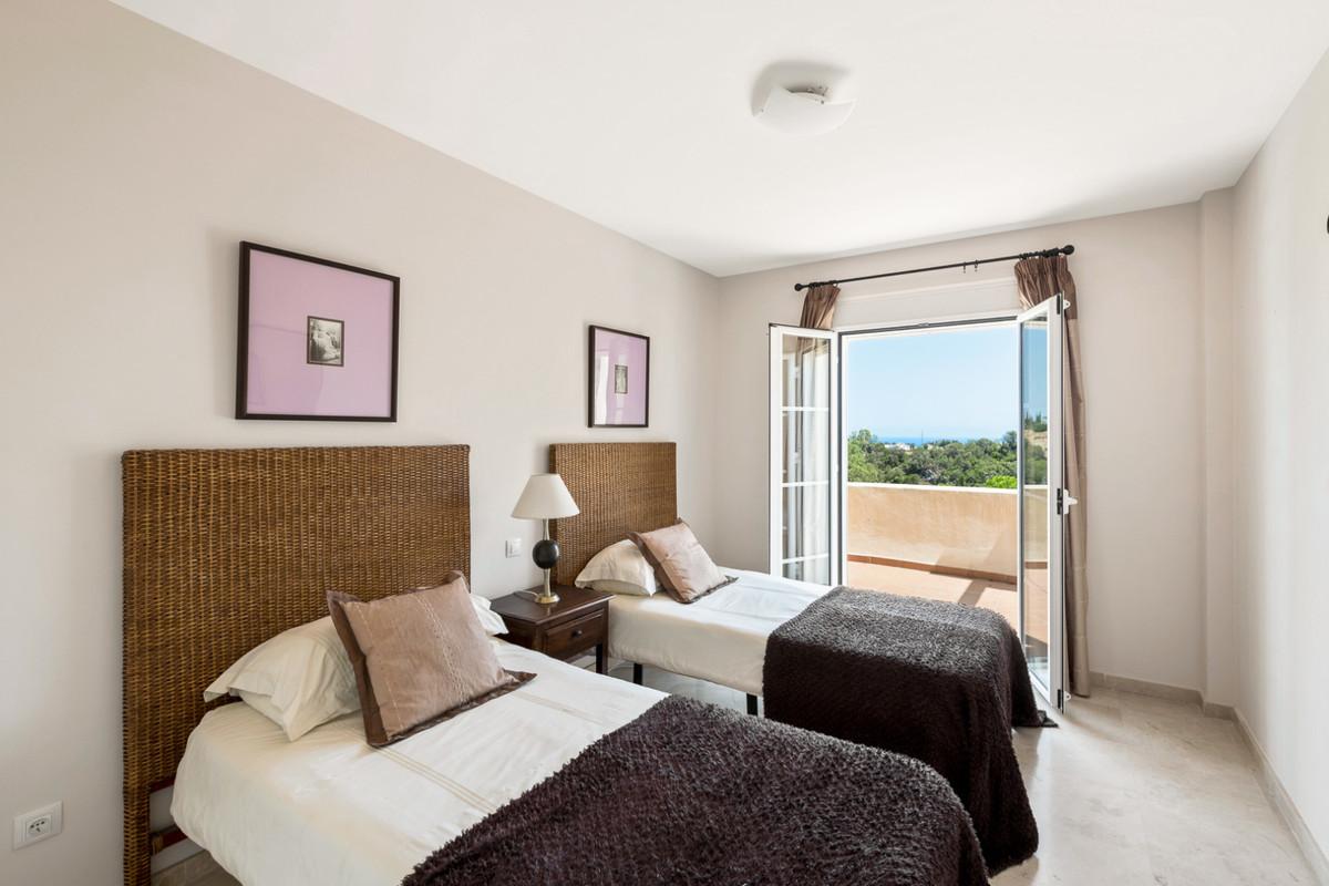 Appartement te koop in Los Almendros R3684701