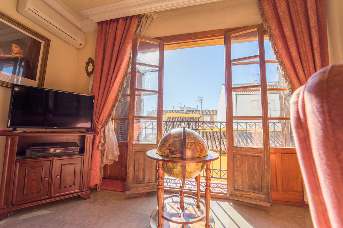 Apartamento Planta Media 4 Dormitorio(s) en Venta Ronda