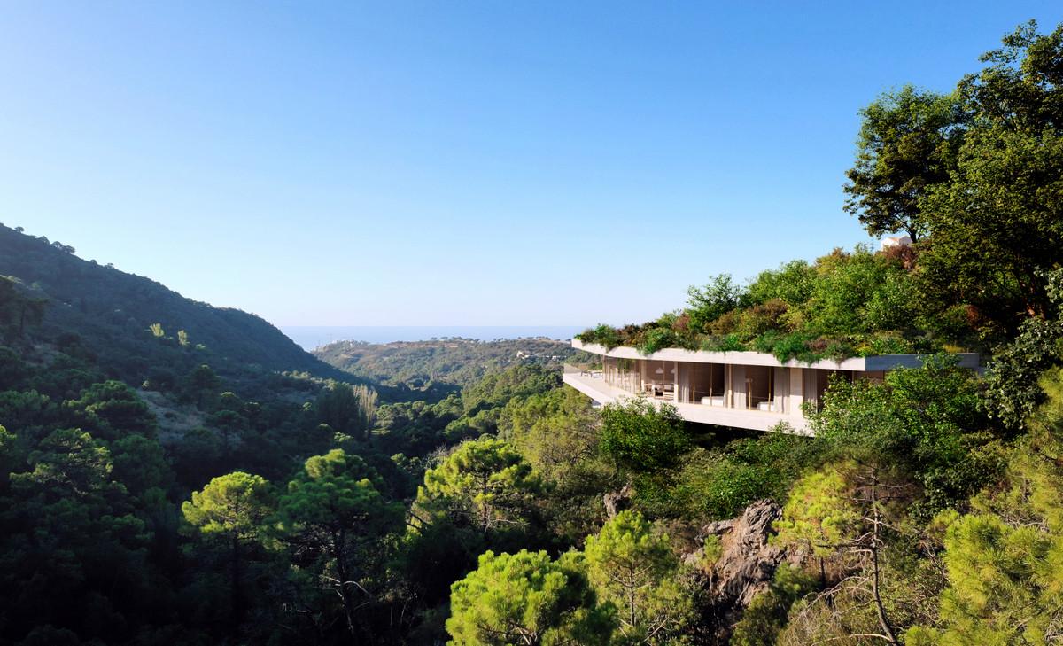 Detached Villa for sale in Benahavís R3741160