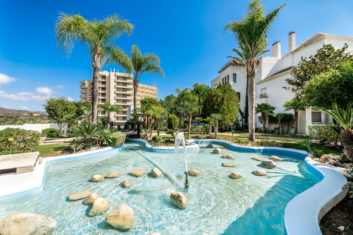 Middle Floor Studio, Marbella, Costa del Sol. Built 57 m², Terrace 17 m².  Setting : Close To Golf, ,Spain