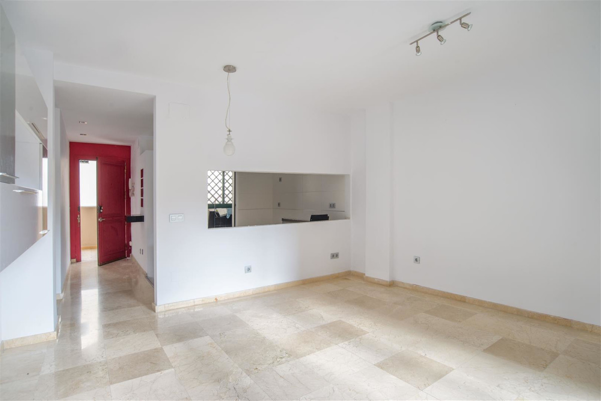Fabulous renovated apartment in the heart of Fuengirola. If you've alwais dreamed of living in t,Spain