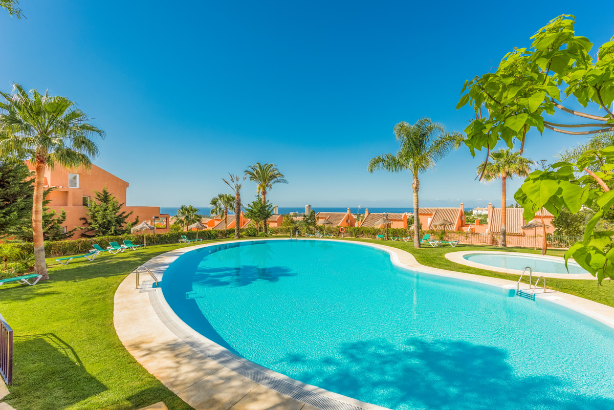 Fantastic Apartment with panoramic views in Los Lagos de Santa Maria Golf, Elviria (Marbella). Apart,Spain