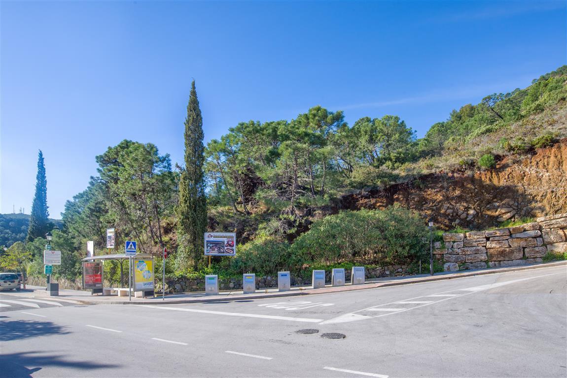 Residential Plot for sale in Benahavís R3134989