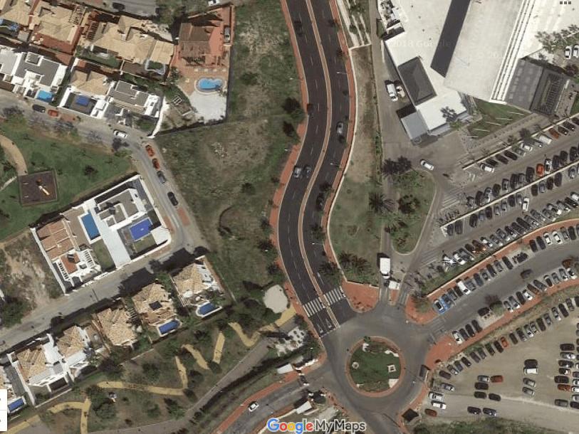 Residential Plot in Benalmadena Costa R3235606