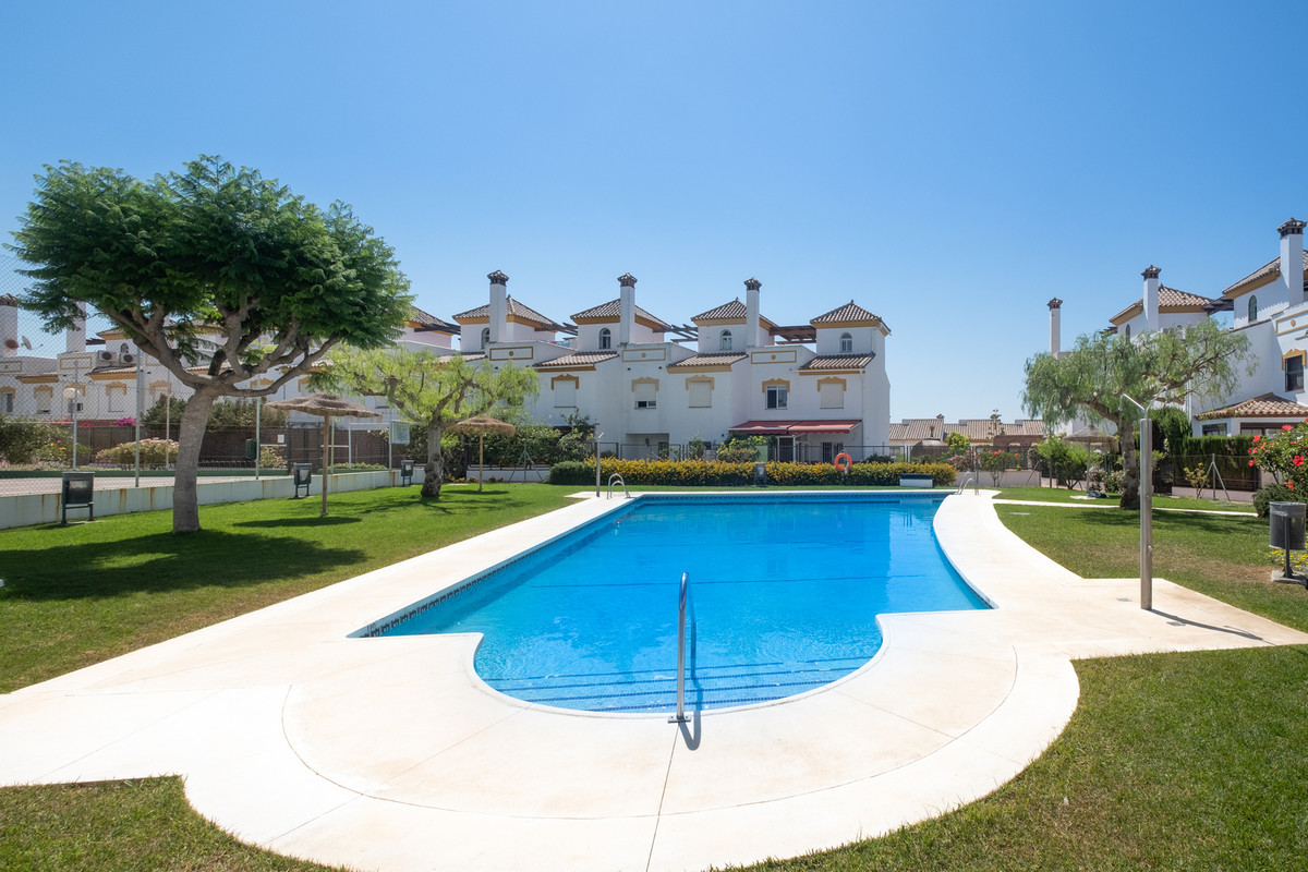 Magnificent townhouse in one of the best areas of Torre del mar,Vina Malaga. Residential area very q,Spain