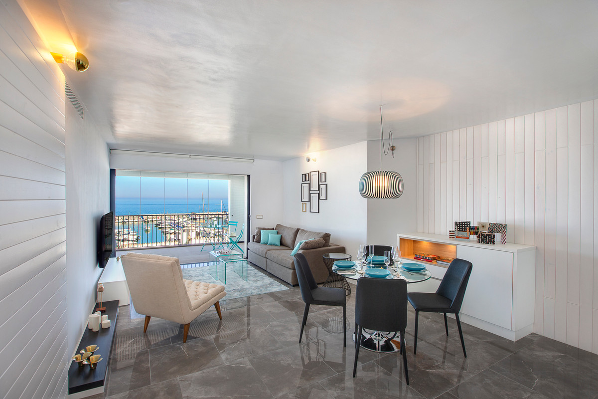 Luxury apartment with panoramic and frontal views of the Puerto Banus Marina. Fully renovated with t,Spain