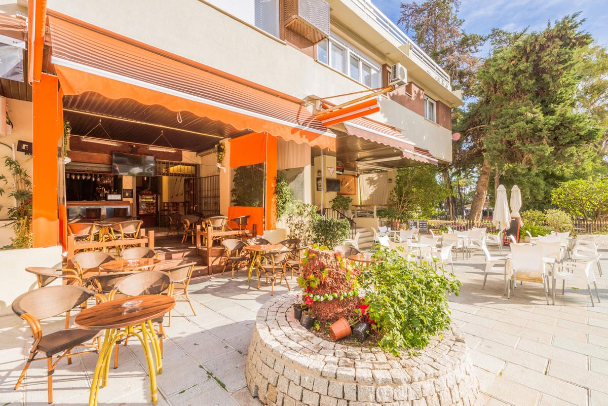 Commerce, Bar  en vente    à Marbella