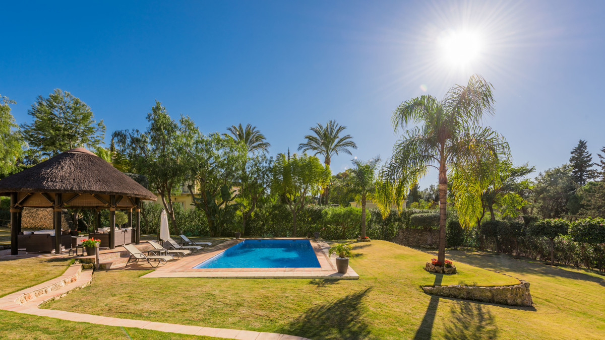 A spectacular villa south west orientated on the first line of golf built to the highest standards i,Spain