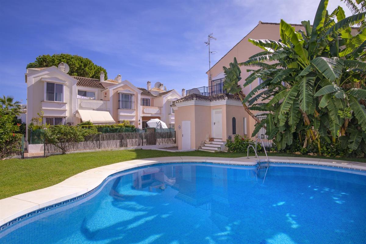 Casa adosada - Marbella