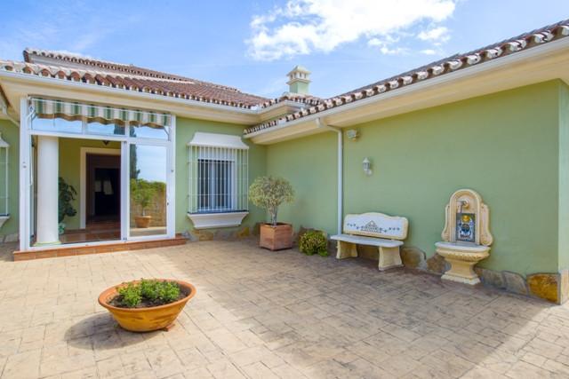 Villa 2 Dormitorios en Venta Mijas Golf