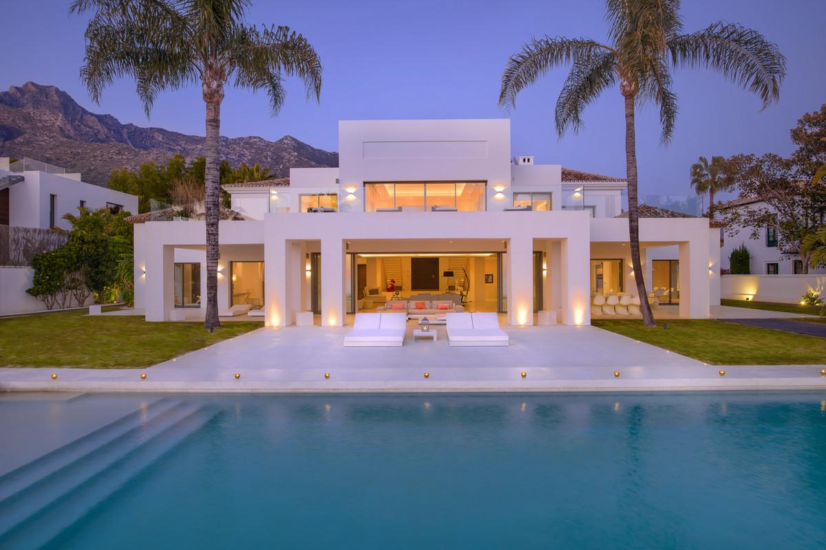 7 bedroom villa for sale sierra blanca