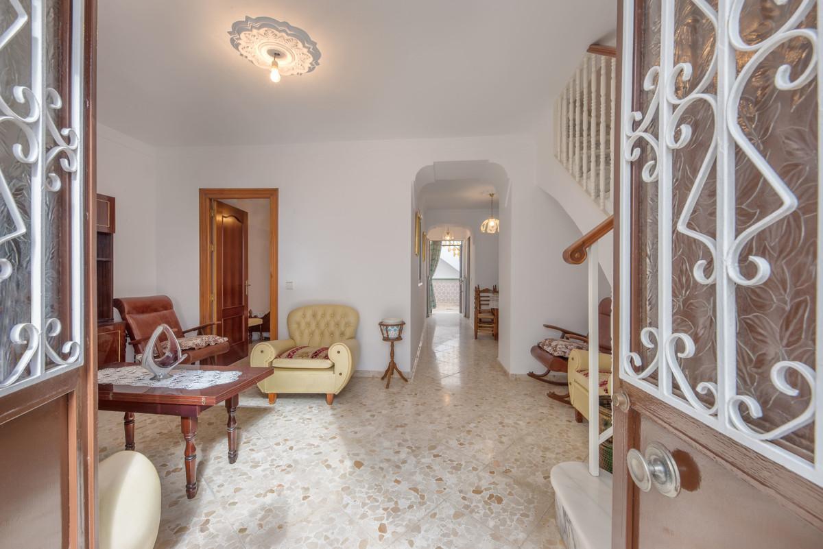 Unifamiliar 4 Dormitorios en Venta Alhaurín el Grande