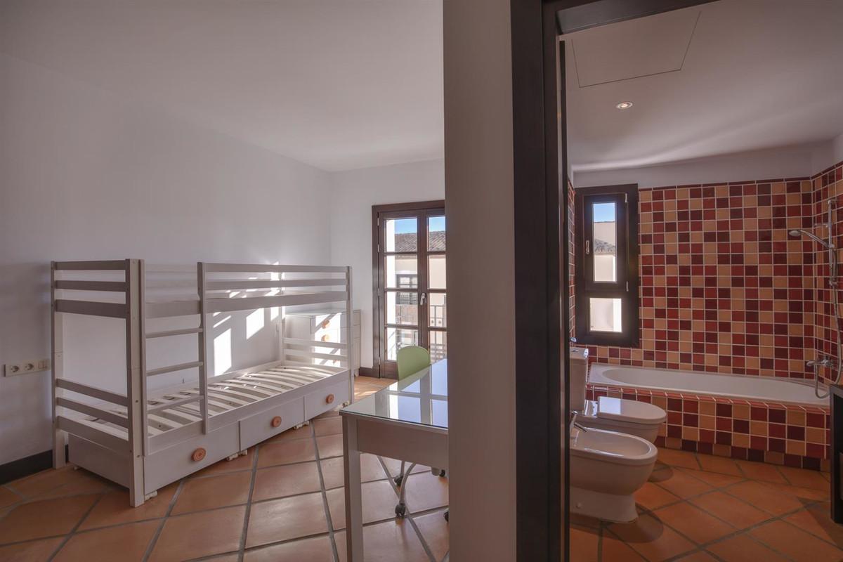 3 Bedroom Semi Detached Townhouse For Sale Benahavís