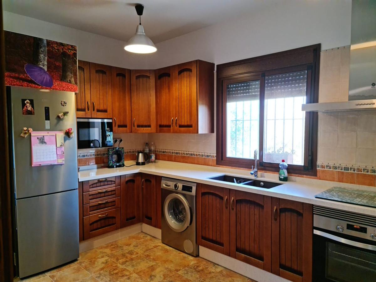 House in Alora R3866575 7