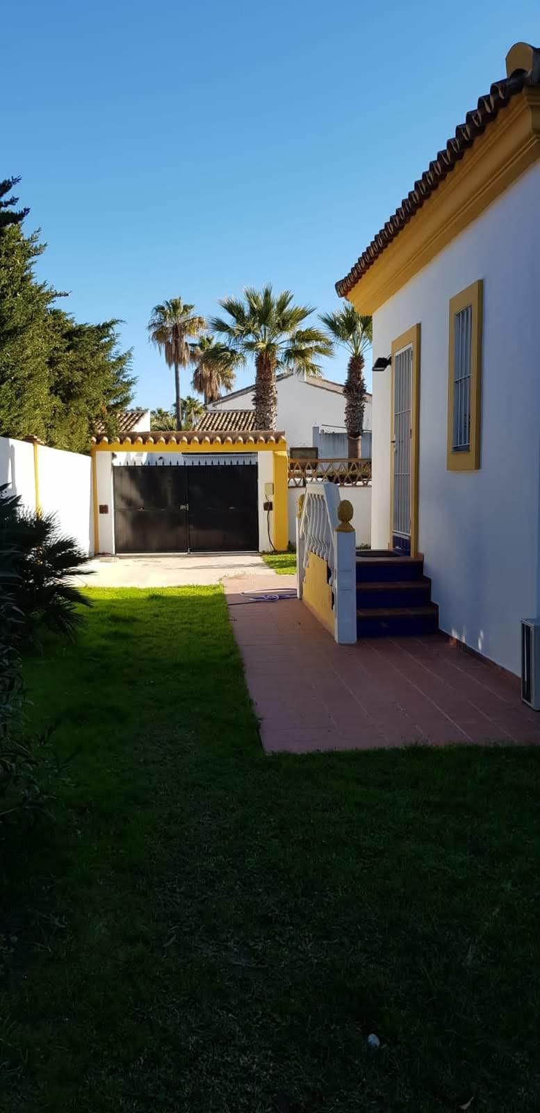 4 Bedroom Villa For Sale, Estepona