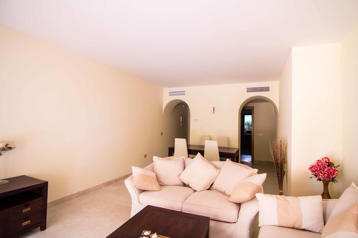 Apartments for sale in the new urbanization Jardines del Albaicin, in the area of Cancelada, Estepon,Spain