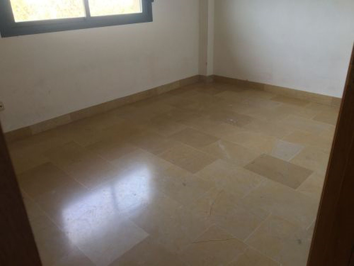 Middle Floor Apartment for sale in San Pedro de Alcántara