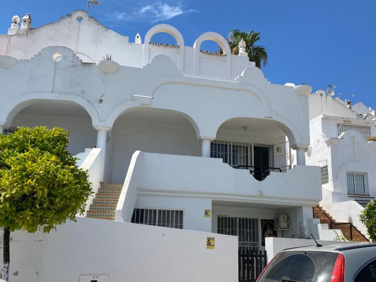 Townhouse with open views and separate guest apartment  Charming townhouse with open views over Capb,Spain