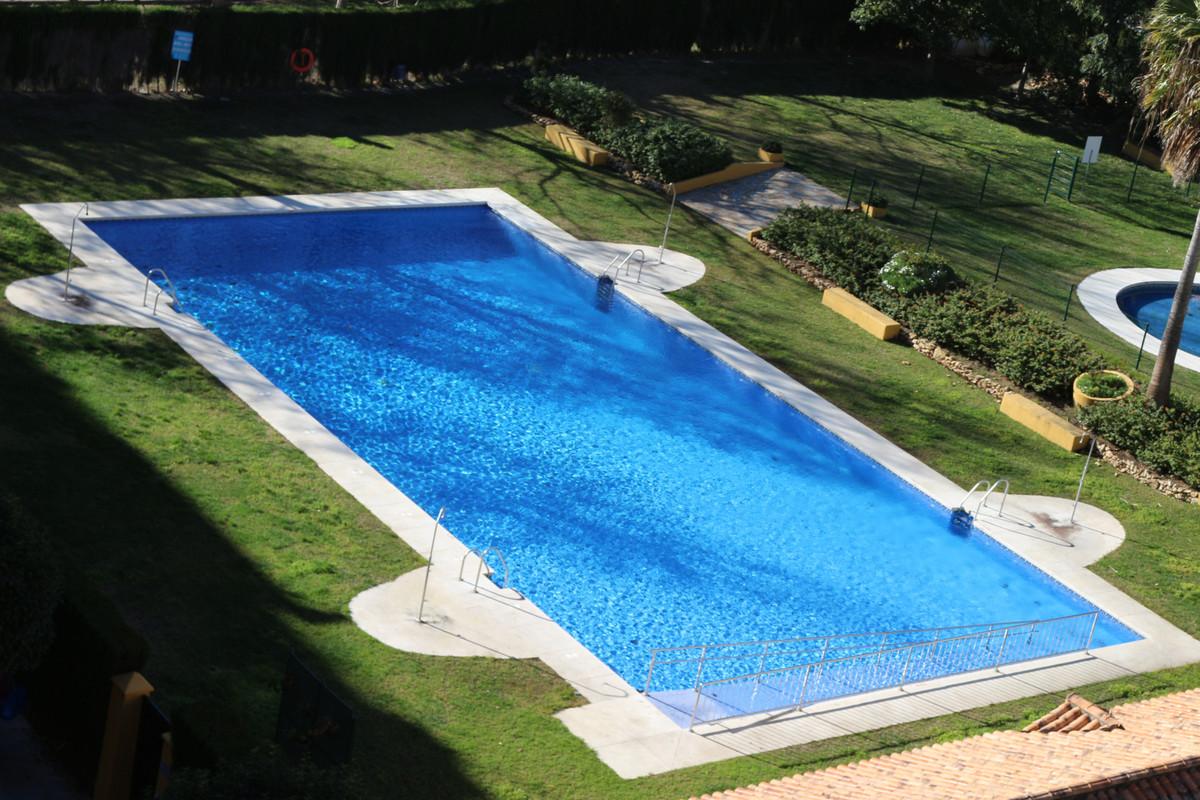 one of the best urbanization of san pedro alcantara urbanizacion Guadalcanta at the foot of the new ,Spain