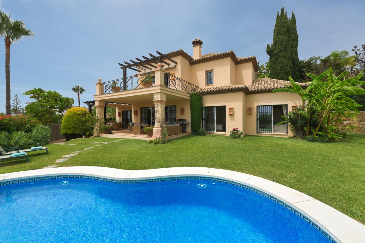 Villa zu verkaufen in Elviria R3917227