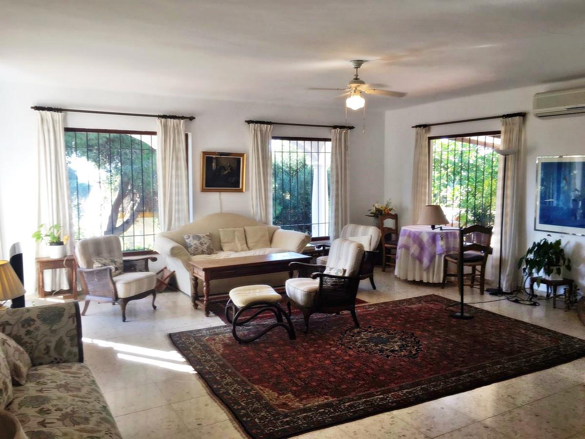 Ref:R2799257 Villa - Detached For Sale in Artola