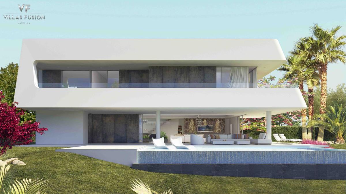 Ref:R2893238 Villa - Detached For Sale in New Golden Mile