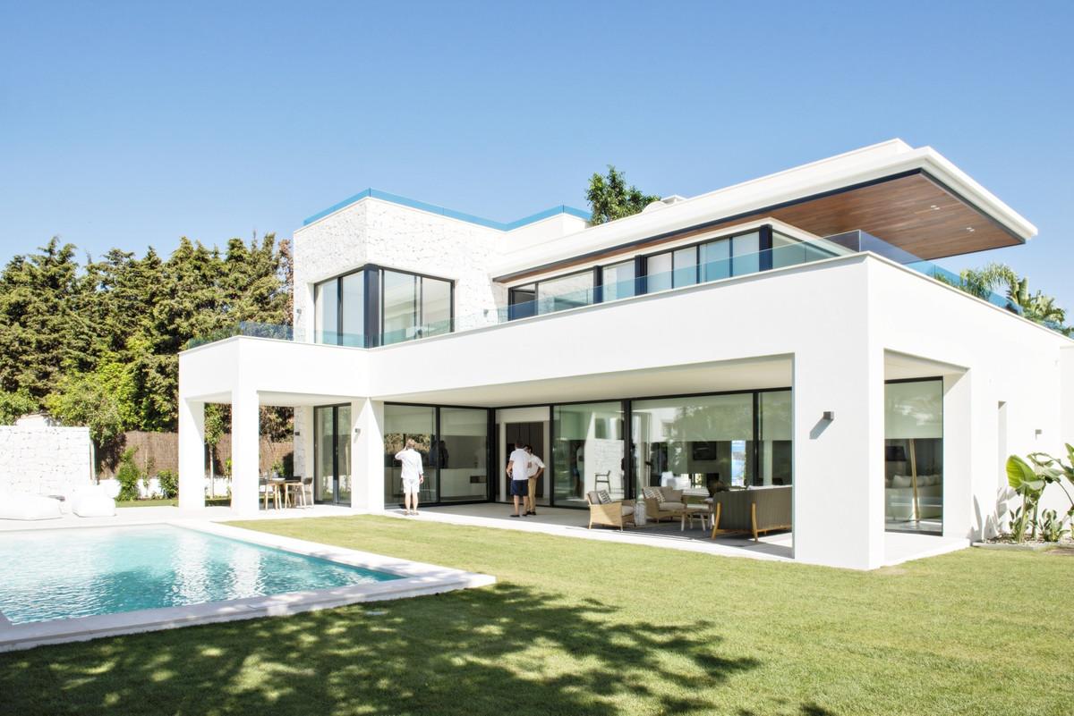 Ref:R2883656 Villa - Detached For Sale in Guadalmina Baja