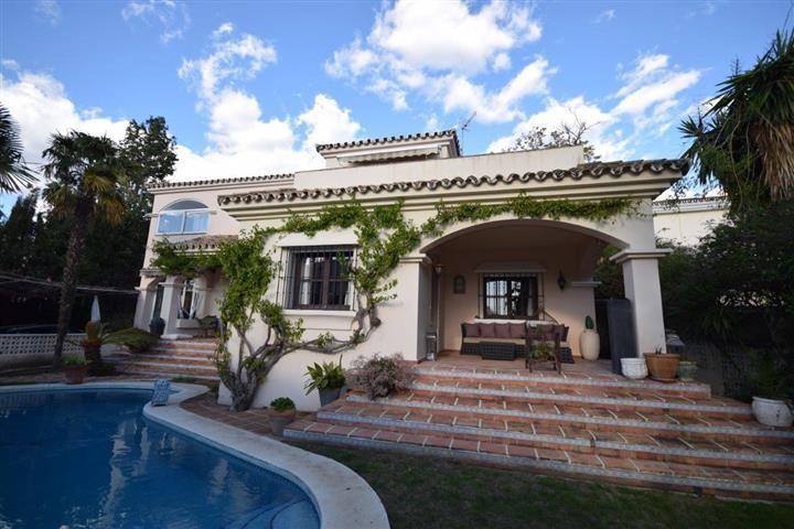 Ref:R2762132 Villa - Detached For Sale in Guadalmina Alta