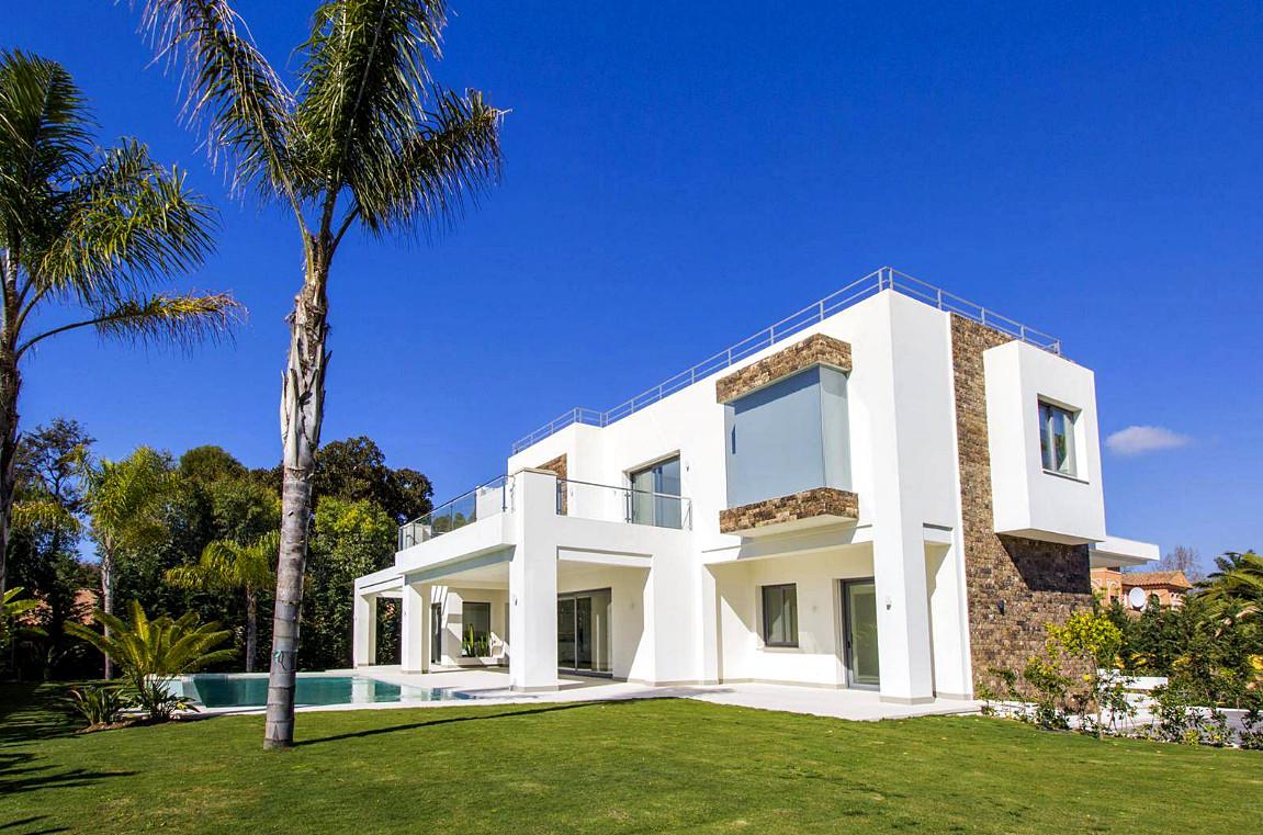 Ref:R2890250 Villa - Detached For Sale in Guadalmina Baja